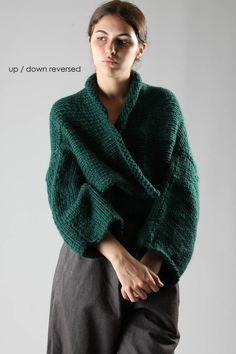 #Farbberatung #Stilberatung #Farbenreich mit www.farben-reich.com GUDRUN & GUDRUN - Open Jacket Style Cardigan In Heavy Knitted Alpaca :: Ivo Milan