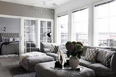 love the grays. Living Room Grey, Home Living Room, Living Spaces, Cozy Living, Gray Interior, Home Interior Design, Interior Decorating, Scandinavian Living, Classic House