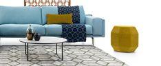 Bank Bellice (Beck Design) met karpet Izem en plaid Polaris (Edward van Vliet)