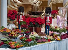 Rosen Plaza® Weddings Whether you're looking for something classic and elegant or intimate and secluded, Orlando's Rosen Plaza® Hotel is here to make your dream Christmas Buffet, Christmas Brunch, Christmas Ideas, Christmas Foods, Christmas 2019, Holiday Ideas, Christmas Decor, Merry Christmas, Christmas Table Settings