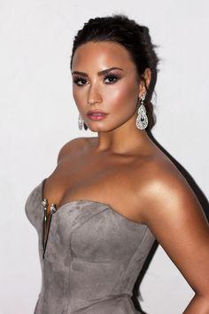How Demi Lovato is living her best life after rehab – Celebrities Female Demi Lovato Body, Demi Lovato Style, Miley Cyrus, Selena Gomez, Demi Lovoto, Demi Lovato Pictures, Beautiful People, Beautiful Women, Camp Rock