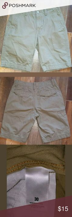 Old Navy Size 30 Men's Shorts 100% Cotton Excellent Condition Old Navy Shorts