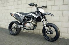 Life: KTM Supermoto own before 25, way better then crotch rockets.