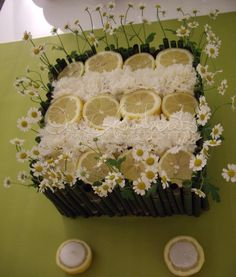 centrotavola limone e camomilla