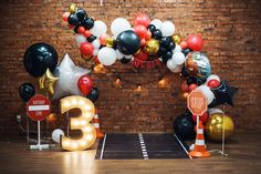 2nd Birthday Party For Boys, Mickey Mouse 1st Birthday, Race Car Birthday, Cars Birthday Parties, Birthday Balloon Decorations, Fiesta Decorations, Little Boy Cakes, Car Themed Parties, Ideas