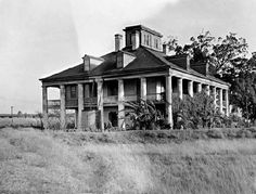 Old New Orleans Plantations | Seven Oaks Plantation - It was built in 1840 and was once one of the ...