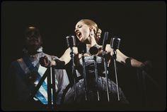 Bob Gunton as Juan Perón and Patti LuPone as Eva Perón in Evita (1980) (photo by Martha Swope)
