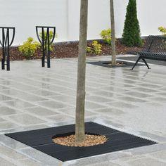 Metal tree grate / square BOSTON AREA