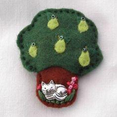 Cat under the pear tree hand sewn felt brooch. www.elliestreasures.co.uk