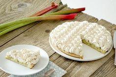 Recette de la tarte à la rhubarbe meringuée