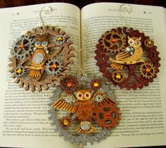 Steampunk Christmas Ornament (Xmas2012-3-6) - Owls and Glittered Gears - 3 Piece Ornament Set. $22.00, via Etsy.
