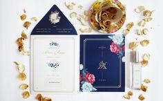 Paperi & Co.   Blue Chinoiserie Wedding Invitation #paperiandco #weddinginvitation #elegant #chinoiserie