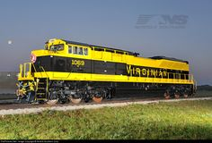 RailPictures.Net Photo: NS 1069 Norfolk Southern EMD SD70ACe at Muncie, Indiana by Norfolk Southern Corp