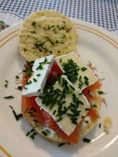 Biscuit, cream cheese, gravlax and brie.