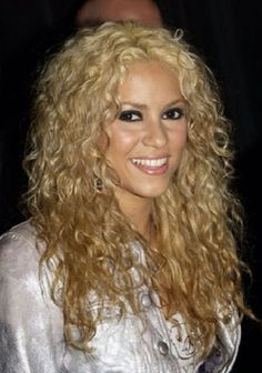 Dream hair!! I want to grow my hair out and dye it blonde again it would be so pretty with my curls!!