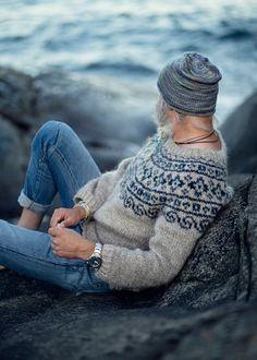 """Steinkriger"" (Stone Warrior) Norwegian Sweater < pattern by KatrineHDesigns / et Fair Isle Knitting Patterns, Fair Isle Pattern, Sweater Knitting Patterns, Knit Patterns, Knitting Gauge, Hand Knitting, Nordic Sweater, Men Sweater, Norwegian Clothing"