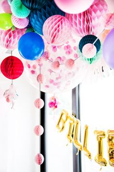 Did you know we offer custom coloured confetti filled balloons? www.poppiesforgrace.com All product by Poppies for Grace. YAY photo by Jaz Blom