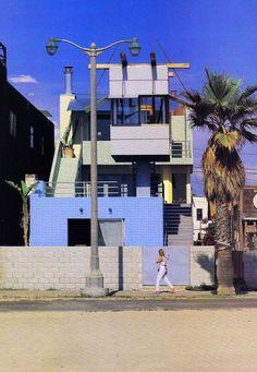Frank Gehry, Norton House, 1982-4, Venice, CA