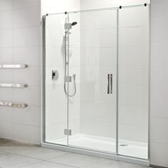 Pairing a semi frameless door and contemporary tray with acrylic walls delivers… Glass Shower, Shower Tub, Aluminium Joinery, New Zealand Houses, Pivot Doors, Shower Units, Bath Fixtures, Safety Glass, Shower Enclosure