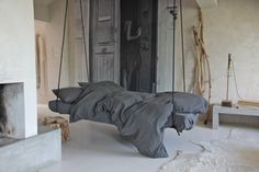 hanging bed . Photo/Styling: Gro Sævik