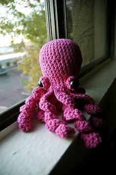 Squiggly Octopus Amigurumi by Randy Lee