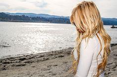 @mlleelizabethart blonde girl, summer, beach, swimwear