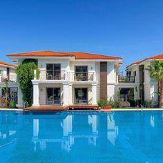 Wer will so ein Poolhaus haben? Direkt am Meer in Belek!