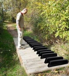 Walkway for the musi