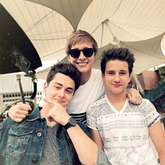 ImageFind images and videos about before you exit on We Heart It - the app to get lost in what you love. Disney Music, Boy Bands, We Heart It, Bae, Instagram Images, Mens Sunglasses, Photo And Video, Couple Photos, American