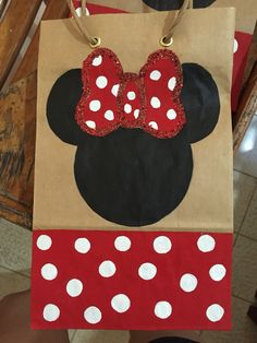Fiesta Mickey Mouse, Mickey Y Minnie, Drop Earrings, Ideas, Fashion, Tote Bags, Candy Bags, Baby Birthday, Decorated Gift Bags