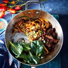 Black Garlic Chile Stir-Fry with Steak and Bell Peppers Garlic Recipes, Stir Fry Recipes, Pasta Recipes, Dinner Recipes, Indian Foods, Indian Food Recipes, Ethnic Recipes, Recipe Images, Recipe Ideas