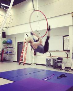 """254 kedvelés, 4 hozzászólás – Paige Jarreau (@fromthelabbench) Instagram-hozzászólása: """"This move deserves another post!!! Inspired by @angelamcilroywagar! #aerialdance #dance #cirque…"""""""