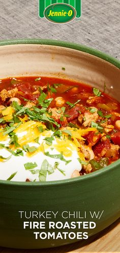 Fill up the smart way with this bowl of turkey chili with fire-roasted tomatoes. Chili Recipes, Turkey Recipes, Mexican Food Recipes, Chicken Recipes, Dinner Recipes, Dinner Ideas, Cooker Recipes, Crockpot Recipes, Healthy Recipes