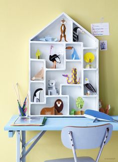 Kids room - Book of Animals Eagle by Kidsonroof - Luca Boscardin