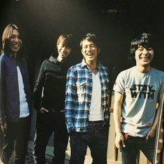 Happy Smile, Button Down Shirt, Men Casual, Couple Photos, Concert, Mens Tops, Shirts, Children, Music