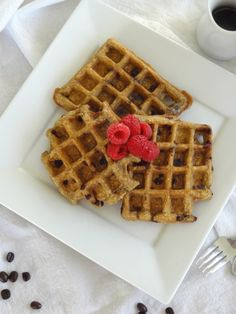 These gluten-free oat waffles are light and nutty, with a hint of espresso and semi-sweet chocolate morsels. Are there any long time readers out there who remember Waffle Wednesdays? In the early d. Healthy Breakfast Recipes, Healthy Desserts, Healthy Breakfasts, Eating Healthy, Gluten Free Oats, Gluten Free Recipes, Chocolate Morsels, Waffle Recipes, Espresso
