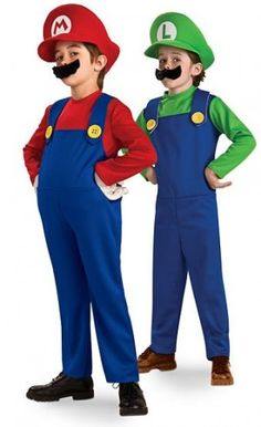 Mario y Luiggi, encuentra más divertidas opciones en disfraces para este Halloween aquí http://www.1001consejos.com/disfraces-para-gemelos/