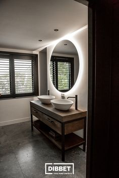 Bathroom Concrete Floor, Concrete Floors, Luxe Villa, Tadelakt, Minimalist Bathroom, Beautiful Bathrooms, New Room, House Rooms, Beautiful Interiors