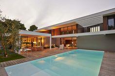 Superbe villa contemporaine, sa piscine et son jardin à Gradignan (33) France,  #construiretendance