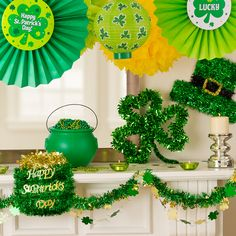 Fill the room with some luck and charm! We have tinsel decorations, garlands and fans to decorate your mantel!