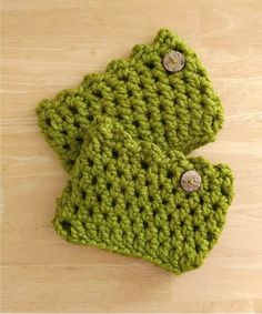These boot cuffs will keep you feeling nice and cozy and keep the drafts out of your boots, while looking super cute. This idea was share...