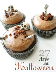 These spooky little cupcakes are made with chocolate but inside awaits a gooey and delicious raspberry filling.