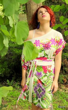 SALE Ivory shift kimono dress with an exotic orchid by lilybrush, $59.00