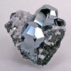 Hematite crystal with Calcite
