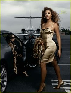 Beyoncé by Annie Leibovitz in an American Express Ad in Elle Magazine.