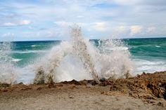 Blowing Rocks Beach Jupiter Florida (at high tide the waves shoot up through holes in the limestone shoreline) Jupiter Beach, Jupiter Florida, Hobe Sound, Great Vacation Spots, Water Shoot, Blowing Rock, Treasure Coast, Sea Waves, Florida Travel