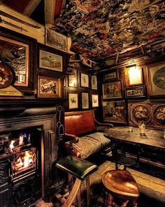 One of London's Best Pubs, the Nags Head, Knightsbridge 53 Kinnerton St, London 020 7235 1135 Open today · am – pm. I mean just look at it. How cool does this pub look? Old London, Best London Pubs, Best Pubs, London Restaurants, Best Bars London, London Places, London Food, Pub Design, Restaurant Design