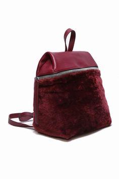 935fa6684d KARA SHEARLING BACKPACK - WOMEN - BAGS - KARA - OPENING CEREMONY Black  Backpack