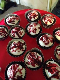 American horror story theme cup cakes