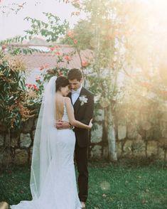 "Natalia Ortiz Fotografia. on Instagram: ""Diana & Tyler 🌞 #couplegoals #novios #weddingphotography #love #bodascolombia #fotografodestino #nikon #topwedding ❤️ #weddingphotographer…"" Couple Goals, Nikon, Diana, Wedding Photography, Wedding Dresses, Instagram, Destiny, Weddings, Fotografia"
